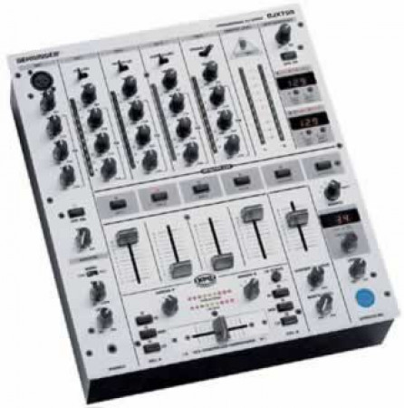 behringer djx700    new