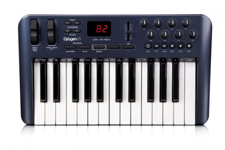 MAudio OXYGEN25IV 25-Key USB MIDI Controller