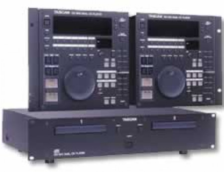 tascam cd-302-v4