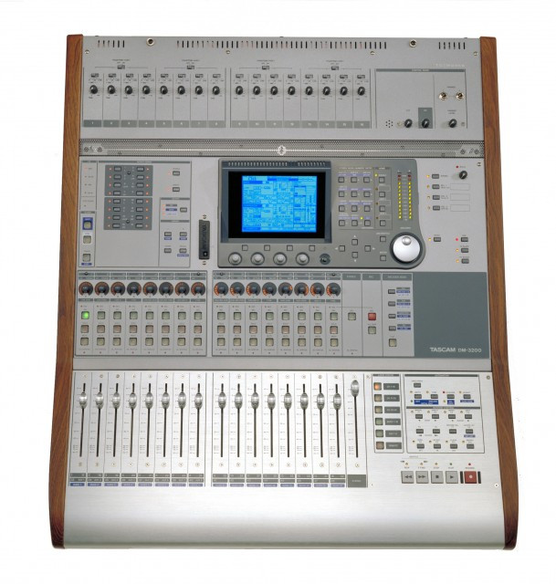 Digital Mixer Tascam : tascam dm 3200 32 channel digital mixer planet dj ~ Russianpoet.info Haus und Dekorationen