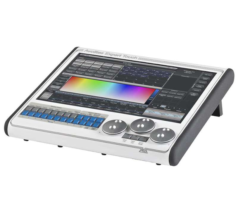 Avolites Expert Pro Lighting Console Package Planet Dj