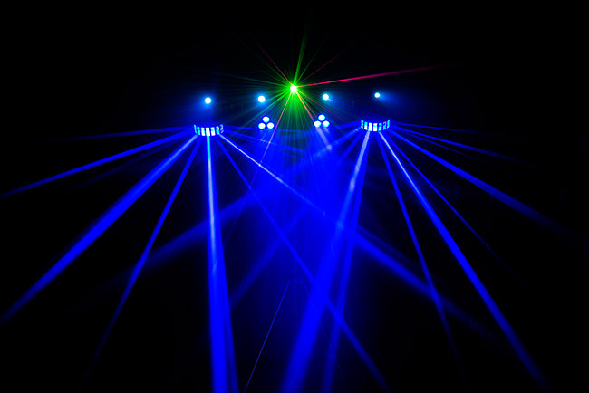 Chauvet Dj Gigbar Irc 4 In 1 Portable Lighting Setup